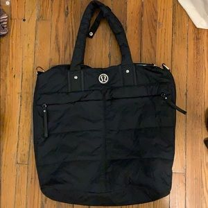 Lululemon nylon bag with lots of pockets